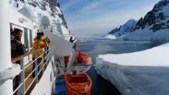 Cruise - Crossing the Antarctic Circle 15 days